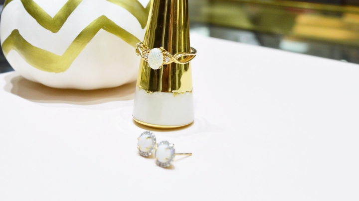 gold-opal-ring.jpg
